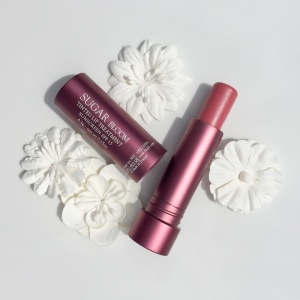 Fresh Sugar Lip Treatment Bloom: Swatches